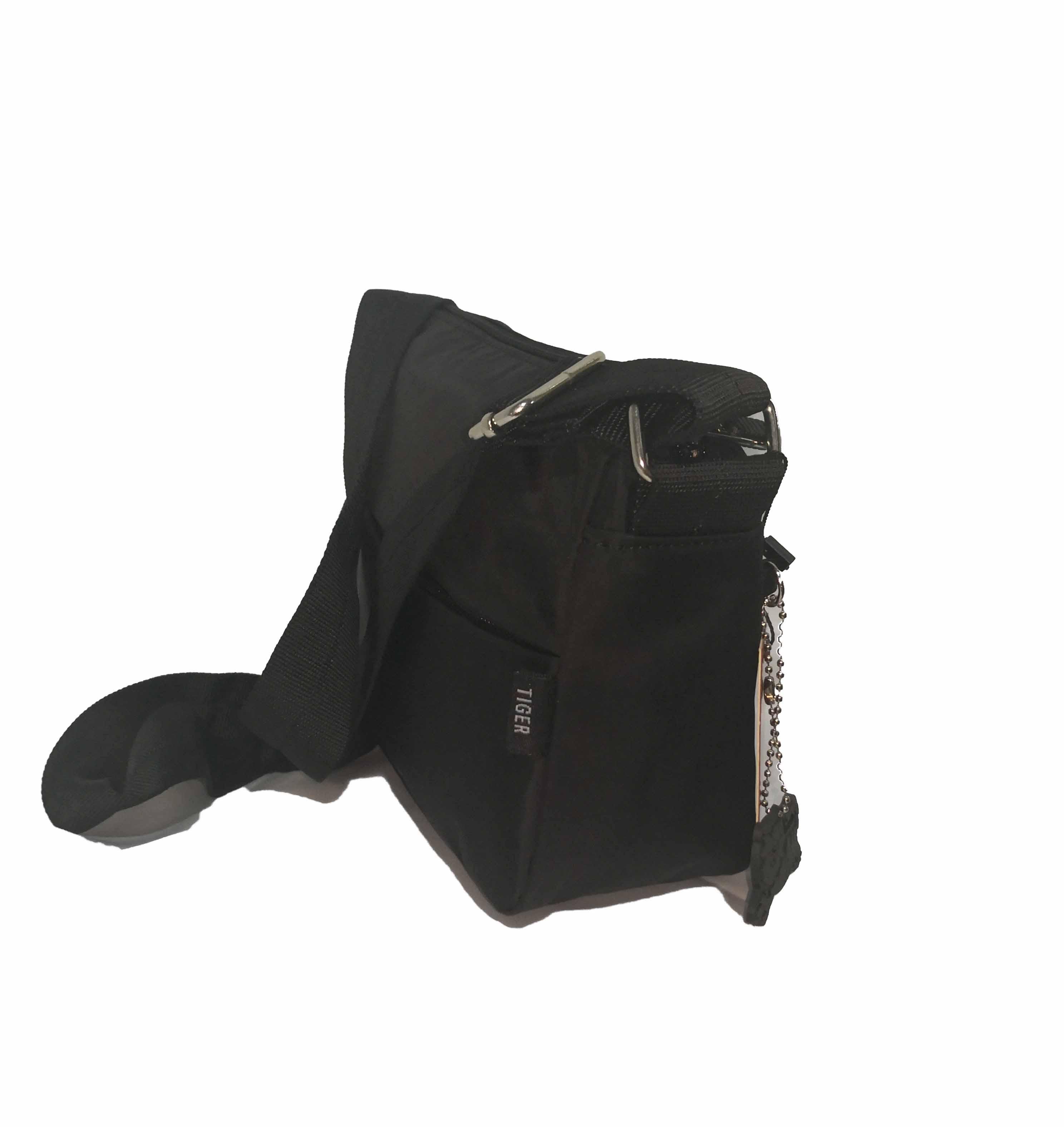 171f0822e96 Bolso pequeño negro Young Sport Line Tiger - Tienda de Bolsos Online ...